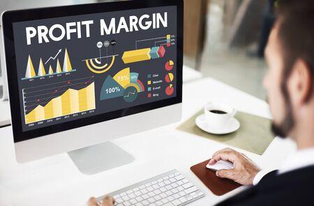 margen: Profit Margin Percentage Business Chart Concept