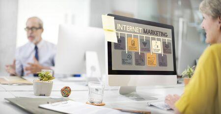 Concept Internet Marketing Publicité numérique en ligne