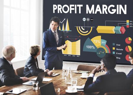 margin: Porcentaje de margen de beneficios carta concepto de negocios Foto de archivo