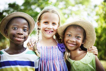 offspring: La felicidad Afrodescendientes Niños Niño Offspring Concept Foto de archivo