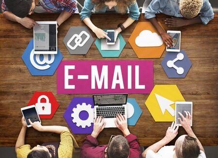 correspondencia: E-mail Correspondence Communication Digital Online Concept
