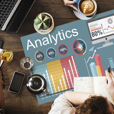Analytics Statistiche analizzare i dati Concetto di tecnologia