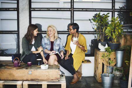 socializando: Bistro Cafe Café de consumición del restaurante Socializar Concept