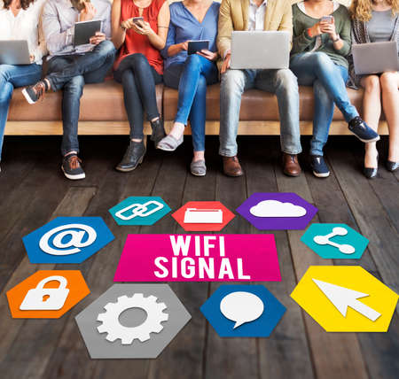 blogging: Wireless Signal Reception Mobility Graphic Concept