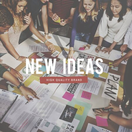 new thinking: New Creative Ideas Thinking People Graphic Concept
