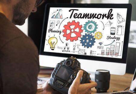 coordinacion: El trabajo en equipo creativo de Coordinaci�n de Informaci�n Concept