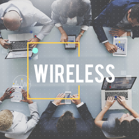 Wireless concept in a meeting Imagens