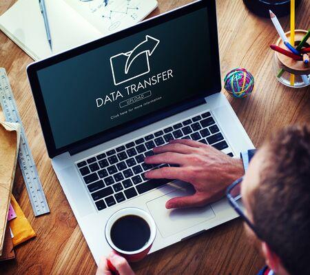 Concepto de carga de la sincronización de intercambio de intercambio de datos