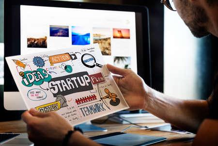 setup man: Startup Plan Analysis Graphic Concept