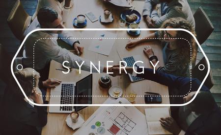 Synergy Corporation Interakcje Jedność zespołu Concept Zdjęcie Seryjne