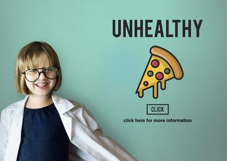 obesidad infantil: Las calor�as de comida r�pida no saludable Snacks Concept grasa