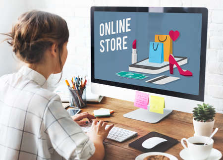 monitor de computadora: Shopping Online Shopaholics E-Commerce E-Shopping Concept