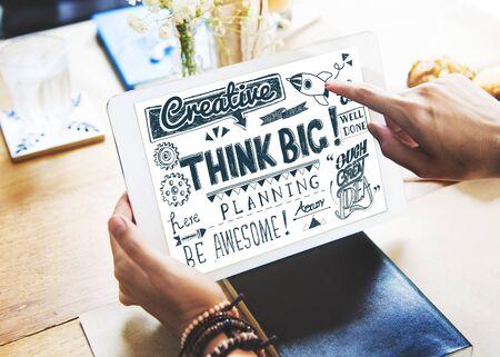 optimismo: Think Big Actitud cree Concepto optimismo Foto de archivo