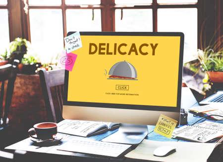 delicadeza: La delicadeza del aperitivo del plato gourmet Concepto de la comida sana