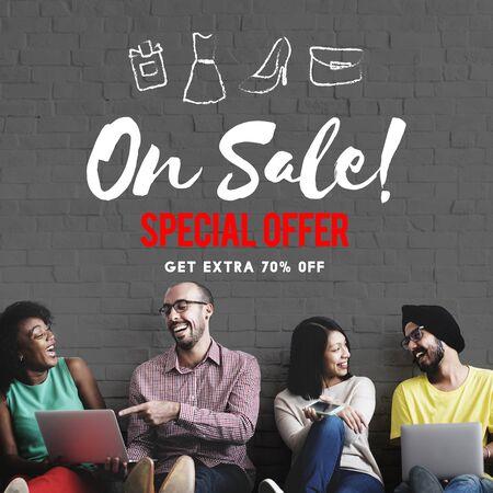 mega phone: Sales Promotion Discount Shopaholics Shopping Concept