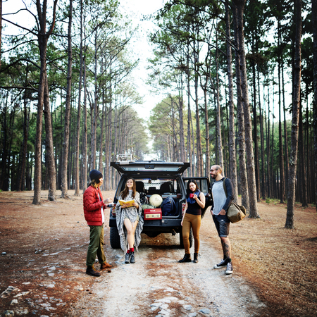 Persone Amicizia Hangout viaggio destinazione Camping Concetto Archivio Fotografico