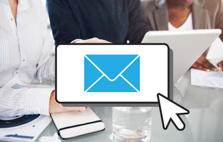 correspondencia: E-mail Comunicación Conexión Correspondencia cocnept