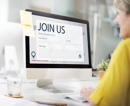 enquiry: Register Enquiry Online Web Page Concept