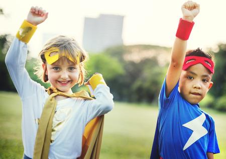 playmates: Trajes de niños superhéroes ficticio Concept