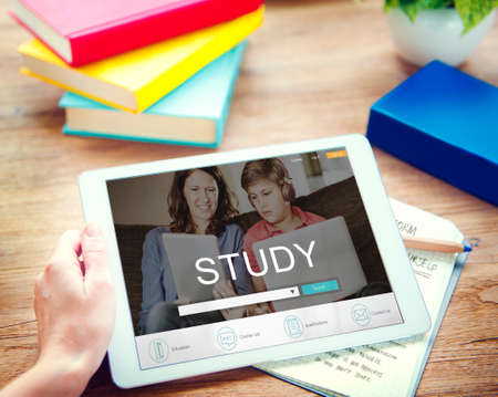 executive courses: E-learning Online Study Learning Website Concept Stock Photo