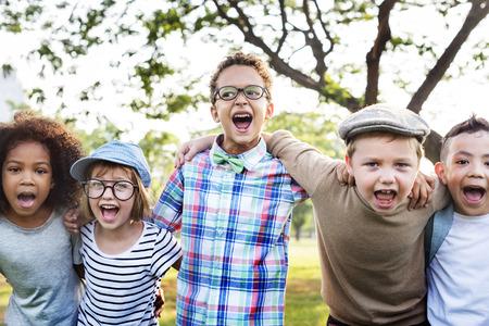 Fröhlich Hipster Studenten Diversity-Konzept