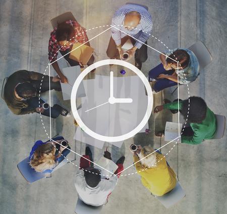 Zeitmanagement Dauer Intervall Grafik-Konzept Standard-Bild - 61622863