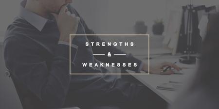 강점과 약점 SWOT 기회 위협 개념 스톡 콘텐츠
