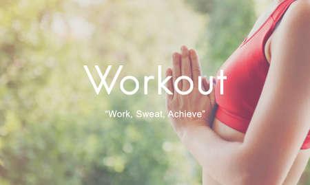 actividad fisica: Concepto de entrenamiento Ejercicio de la Actividad F�sica Entrenamiento Cardio Foto de archivo