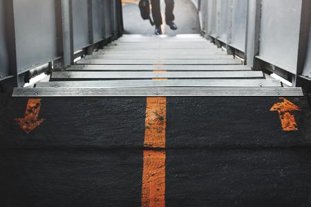 Estación escalera de pie Concepto de Signos Foto de archivo - 62064821
