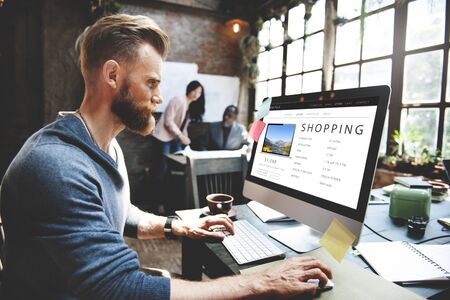 Shopping Online Shopaholics E-Commerce E-Shopping Concept Reklamní fotografie
