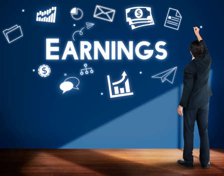 ganancias: Profit Earnings Income Financial Economy Proceeds Concept Foto de archivo
