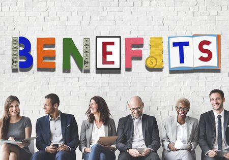 salarios: Benefits Advantage Assests Bonus Wages Concept