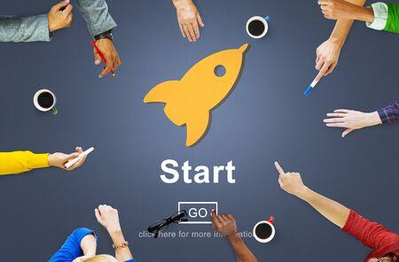 empezar: Comenzar iniciar la activación de comenzar Primero Construir Delantero Concept Foto de archivo