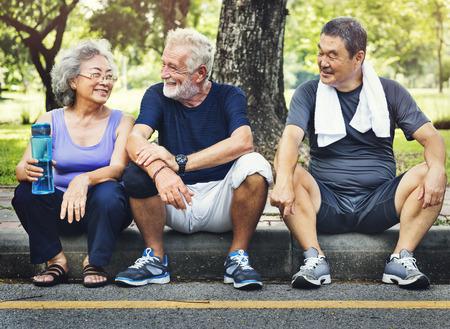 Meet Up Retired Bien-être pensionné Workout Concept Banque d'images