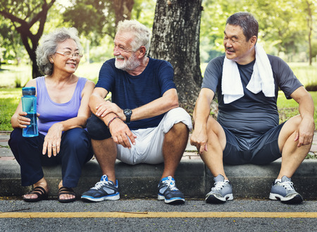 Meet Up Retired Welzijn Gepensioneerde Workout Concept