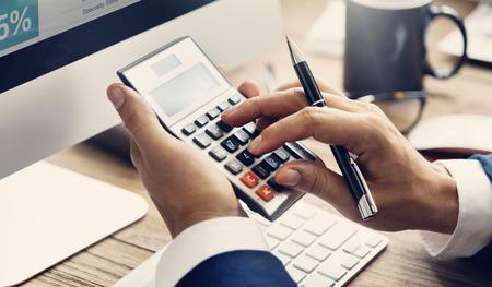 Calculer la balance Comptabilité financière Dette profit Concept Banque d'images