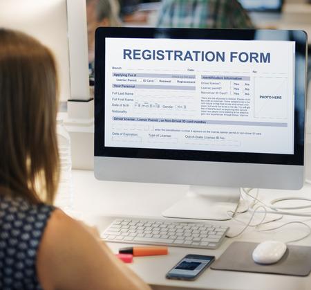Formulario de registro de información de aplicaciones Concept