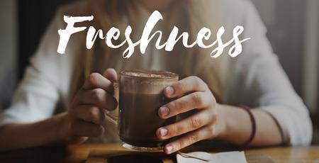 frescura: Renueva frescura refrescante concepto de la visión Refresco