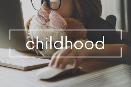 offspring: Offspring infancia Infancia Niños Concepto joven juventud Foto de archivo