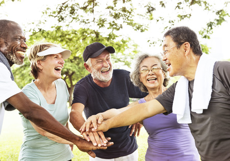 シニア退職運動連帯概念のグループ