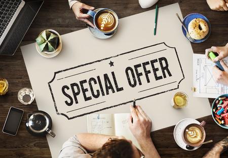 Oferta especial Concept Comercio Marketing Limited Foto de archivo - 64898152