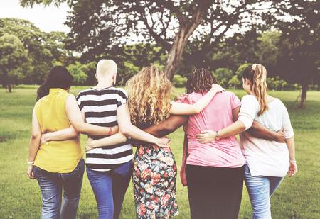 女性女性フェミニズム女性マダムの友人概念