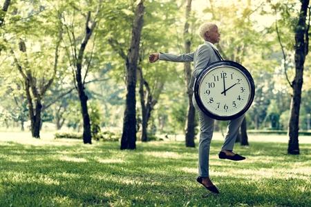 알람 타이밍 클럭 시간제 시간 개념