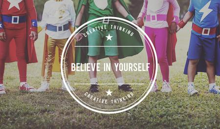 creer: Crea en sí mismo Aspiración inspiración Motiva! Concepto Foto de archivo