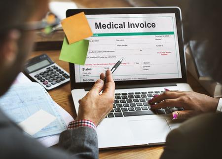 Medical Rechnungsbeleg-Formular Patient Konzept Standard-Bild - 64108333
