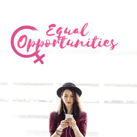 simplicidad: Música Derechos chica Concepto Igualdad de energía Foto de archivo