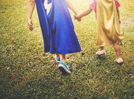 siblings: Siblings Dressup Playtime Park Concept