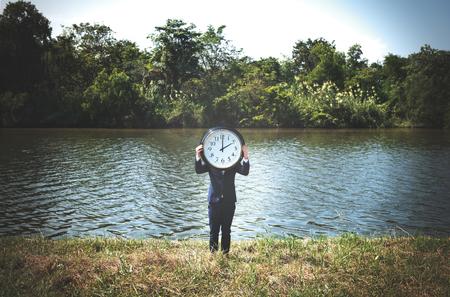 punctual: Hora de alarma del reloj Urgente Posibilidad Concepto Puntual