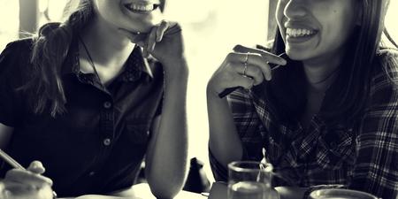 tomando refresco: Group Of People Drinking Coffee Concept Foto de archivo