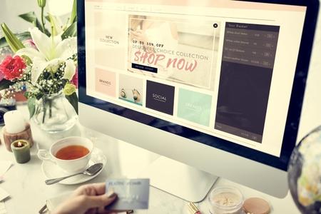 Winkelen Commercial Online Internet Concept Stockfoto